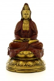 Kuan-Yin in Posizione di Meditazione
