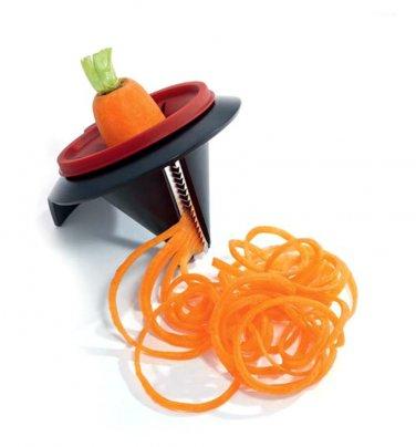 Per creare spaghetti di verdure da friggere o bollire