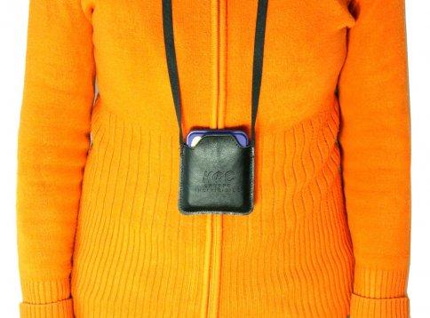 Borsetta da Collo in Similpelle per Piastra di Kolzov indossata