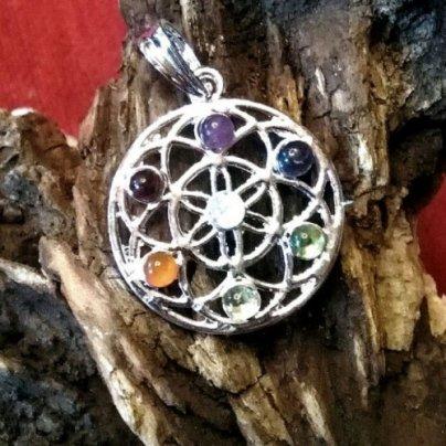 Ciondolo Arcobaleno 7 Chakra - Fiore della Vita