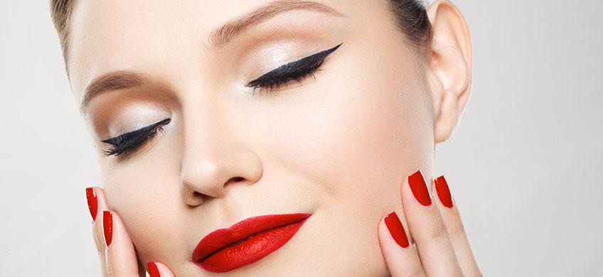 """Cofanetto Regalo con Eyeliner """"On Fleek e Mascara """"Impeccable"""""""
