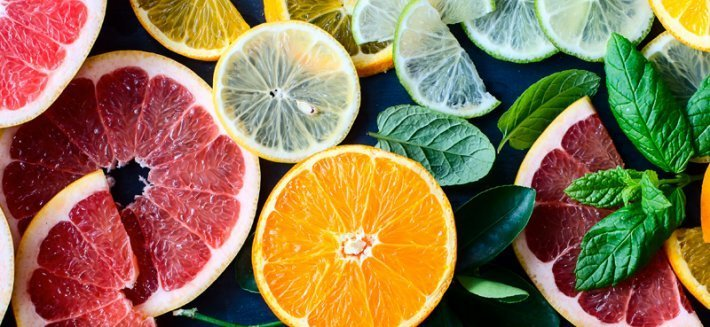 Consigli, metodi e rimedi naturali per curarsi in modo dolce ed efficace con gli agrumi.