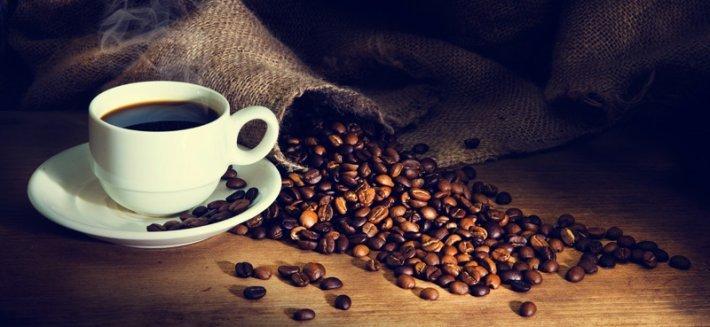 Caffè: Come scegliere tra le varietà di chicchi e come servire un buon Caffè