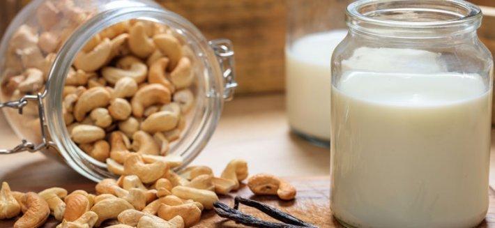 Latte di Anacardi: latte di origine vegetale