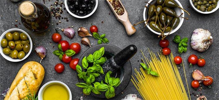 Dieta Mediterranea: cosa mangiare e quali sono i suoi benefici