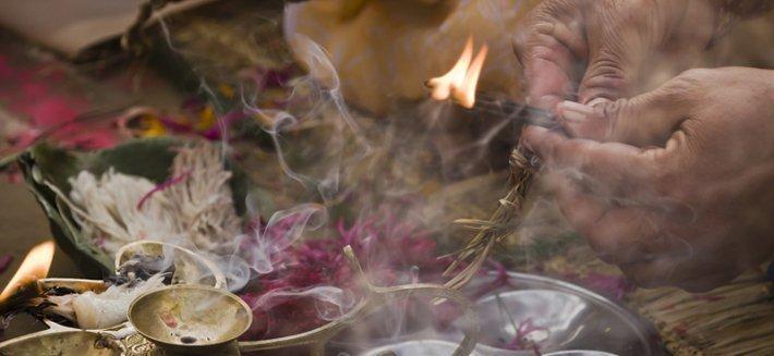 Incensi: un viaggio tra le antiche tradizioni