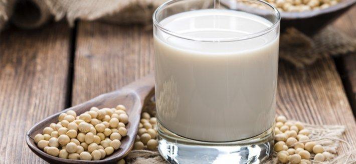 frullato di latte di mandorla aumento di peso