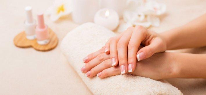 """Manicure Ecobio: per mani """"super green"""""""