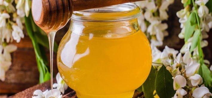 Le proprietà e i benefici del Miele di Acacia
