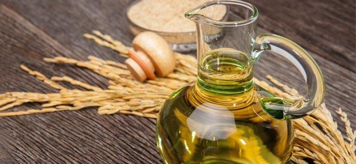 Olio di riso: un olio vegetale per combattere il colesterolo