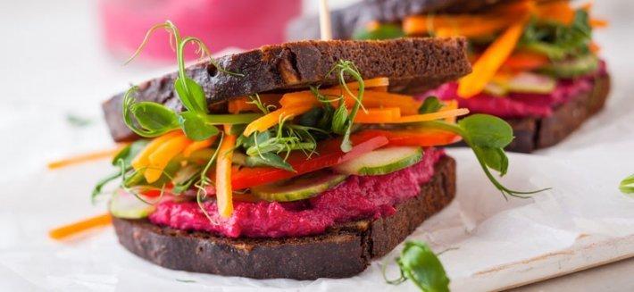 I Cibi Crudi: perchè mangiare Raw Food?