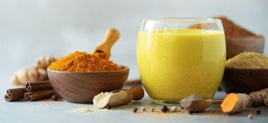 Golden Milk: lo straordinario latte con la curcuma