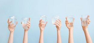 Quanta Acqua bere al Giorno e come Scegliere la Migliore
