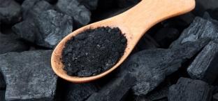 Cucinare e depurarsi con il carbone vegetale