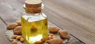 Olio di mandorle: un toccasana universale per la pelle