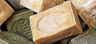 10 modi per usare il sapone di Marsiglia: non solo bucato, pulizia e igiene
