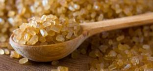 Usi e benefici dello zucchero di canna